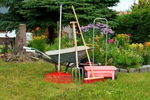 travaux par un jardinier avantages d une soci t de