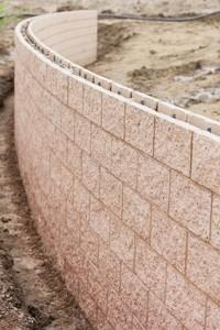 Mur de sout nement en b ton blocs ou pierres namur - Bloc beton pour talus ...