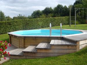 La piscine en bois une pi ce d 39 eau tendance en belgique for Piscine demontable en bois